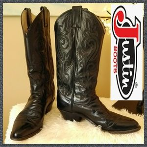 Gently Used Justin Ladies Western Boots